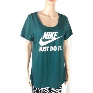 Nike Green Large T shirt